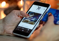Mobile ecommerce shopping